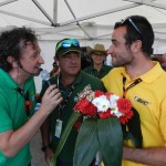 Ramos de flores a las puertas de Madrid para premiar el esfuerzo de los nuestros