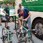 Las Fuji Bikes del Caja Rural – Seguros RGA pasan el 'antidoping mecánico'