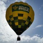 Una vuelta a La Vuelta a vista de globo aerostático